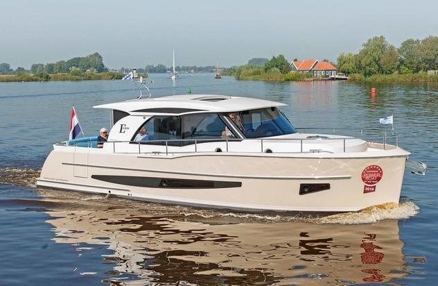 Voorjaarsshow Motorboot Sneek 7,8 en 9 april