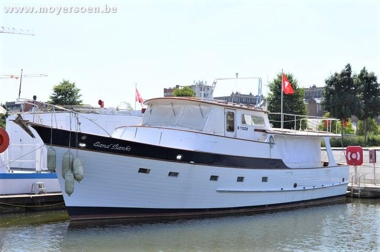 Online veiling via Moyersoen: Motorjacht Grand Banks Alaskan 49-25
