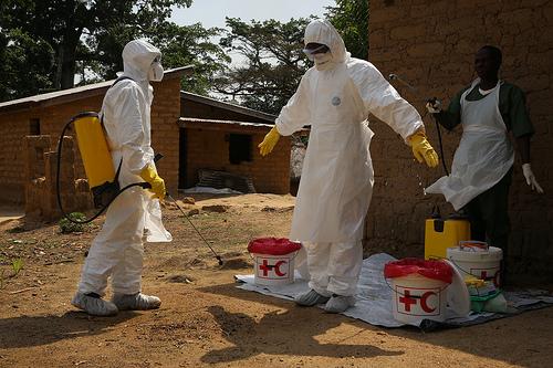 Ebola-viruset, blir du smittet dør du!
