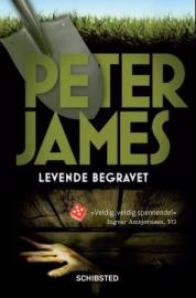 """Levende begravet"" av Peter James"