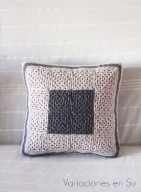 granny-squares-cushion-beige-gray-2