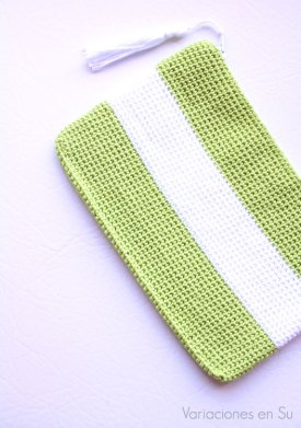 neceser-ganchillo-verde-blanco-1