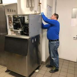 Time to Replace Your Commercial Ice Machine - Vasi Refrigeration