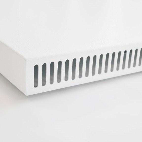 Luftschlitze der Konvi VE Infrarotheizung mit integriertem Thermostat