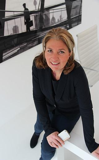 Corine van Steenveldt