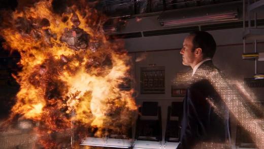 Al agente Coulson se le quema el asado