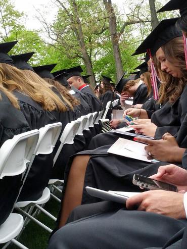 Me la suda la graduación. Yo lo que quiero es Whatsappear