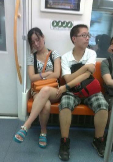 """Chicas, cuidado con los """"Nobitas"""" del metro"""