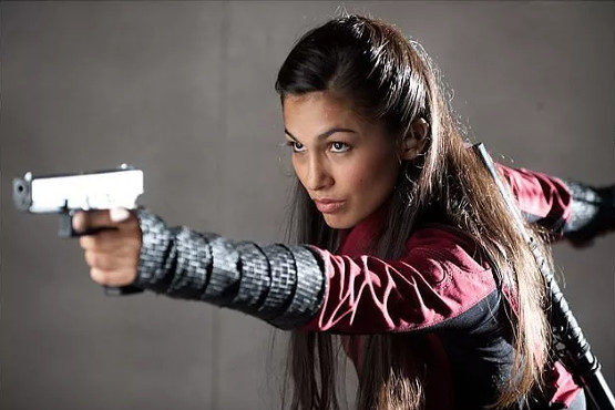 ¿Elektra con pistola?