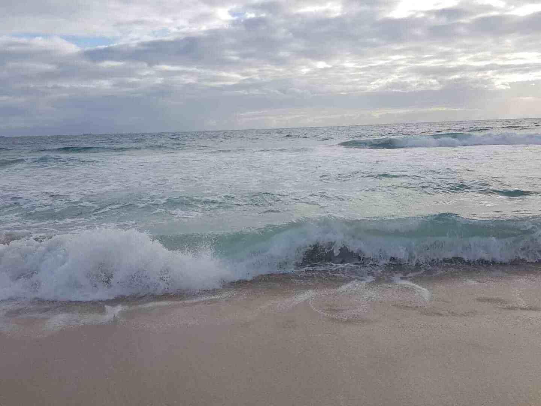 australien-strand-wellen