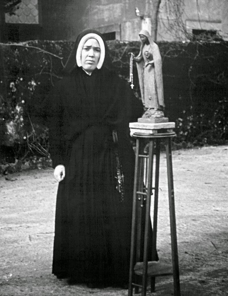 La vrai soeur Lucie en 1945, à l'âge de 38 ans