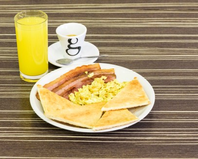 colazione continental american