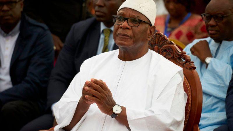 Le président malien IBK renversé par un coup d'État militaire - Vatican News