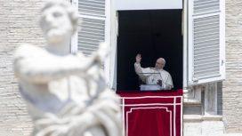 Đức Thánh Cha Phanxicô trong buổi đọc Kinh Truyền Tin 05/08/2016