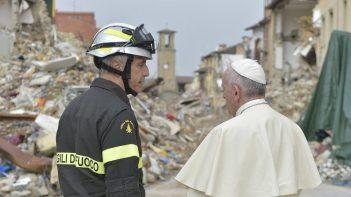 ĐTC Phanxicô đến Amatrice  sau trận động đất 10/2016