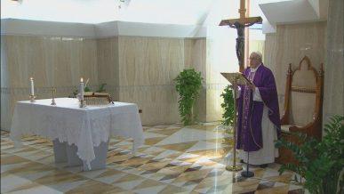 ĐTC Phanxicô  dâng Thánh lễ tại nhà nguyện Thánh Marta