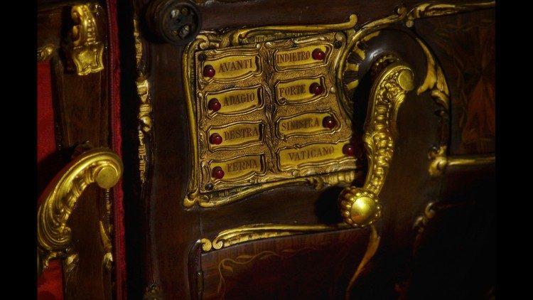 La botonera del Papa