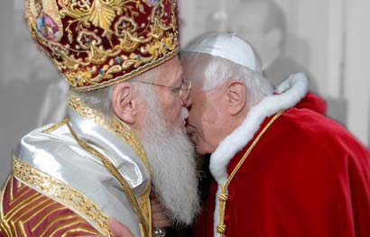 Benedikt XVI and Bartholomew I
