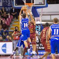 Basket: Sassari e Varese sole al comando