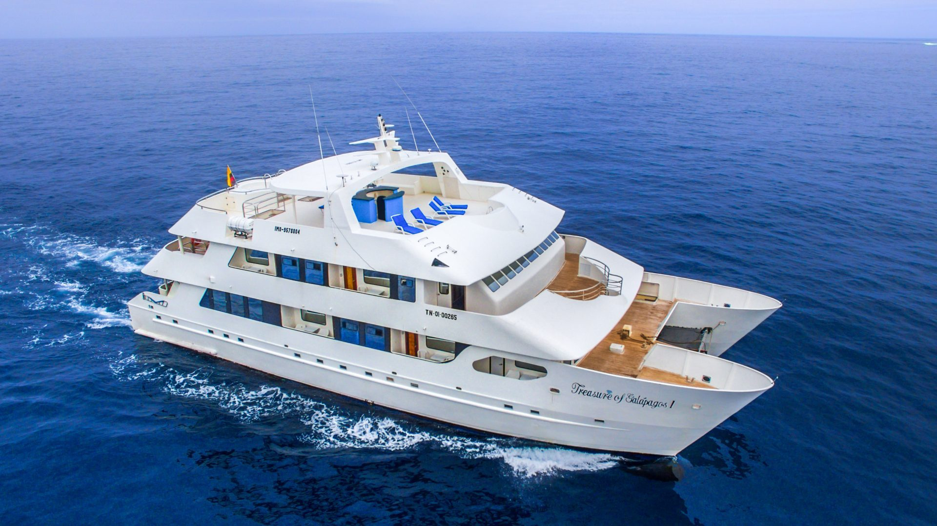 Treasure Of Galapagos A Stable And Wide 16 Passenger