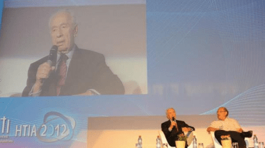 Israeli President Shimon Peres and Dr. Yossi Vardi