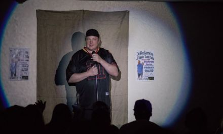 SANTA PAULA GETS THE GIGGLES | Laughter reigns at the Glen Tavern Inn's new comedy showcase