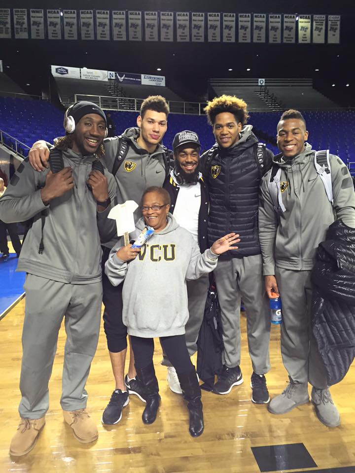 VCU players pose for the camera after a hard-fought road win.