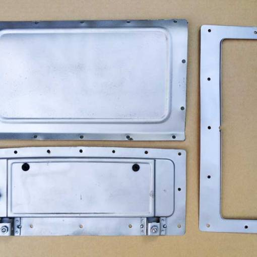 vent cover and internal flap mechanism all bare metal media blasted
