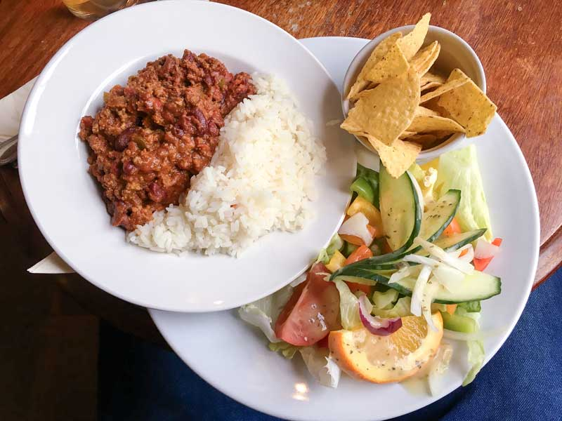 Snake Pass Inn chilli and salad