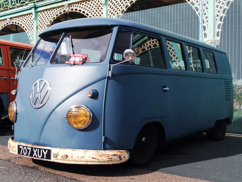 loving the satin finish of this clear coated bus