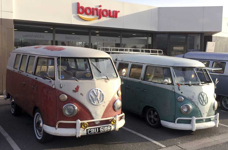 early morning rendezvous at bonjour services (thanks Jamie Mellish for the pic)
