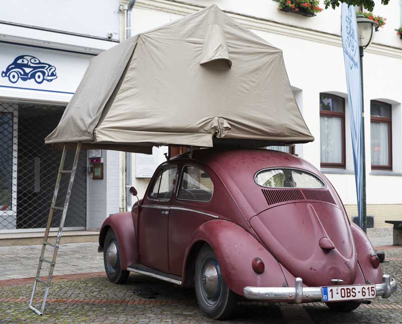 cool roof tent makes a small Bug much bigger up top