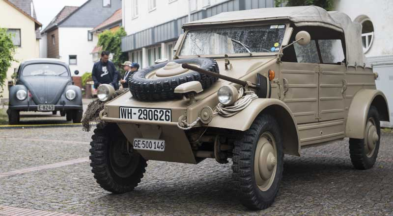 hoods up on this tidy looking Kübelwagen