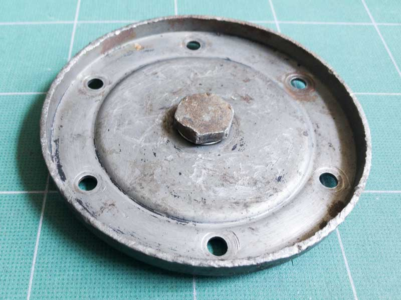 an original sump plate with drain plug - should make future oil changes simpler