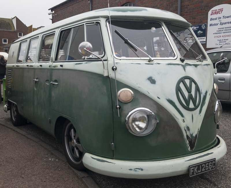 Nice original aged velvet green paint bus with contrasting bling