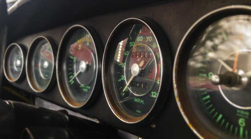 more dials than I'm used to in an air-cooled vehicle!