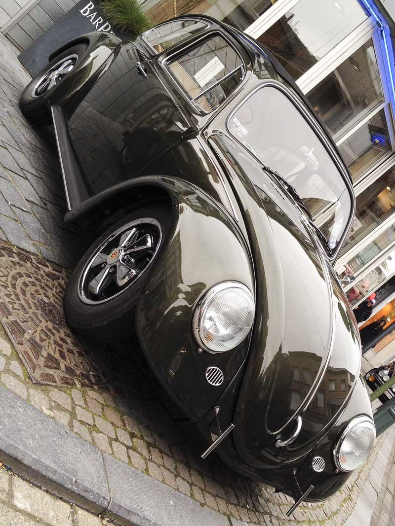 highly detailed ragtop bug looks spot on!
