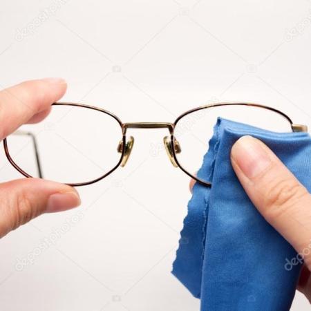 come pulire lenti occhiali