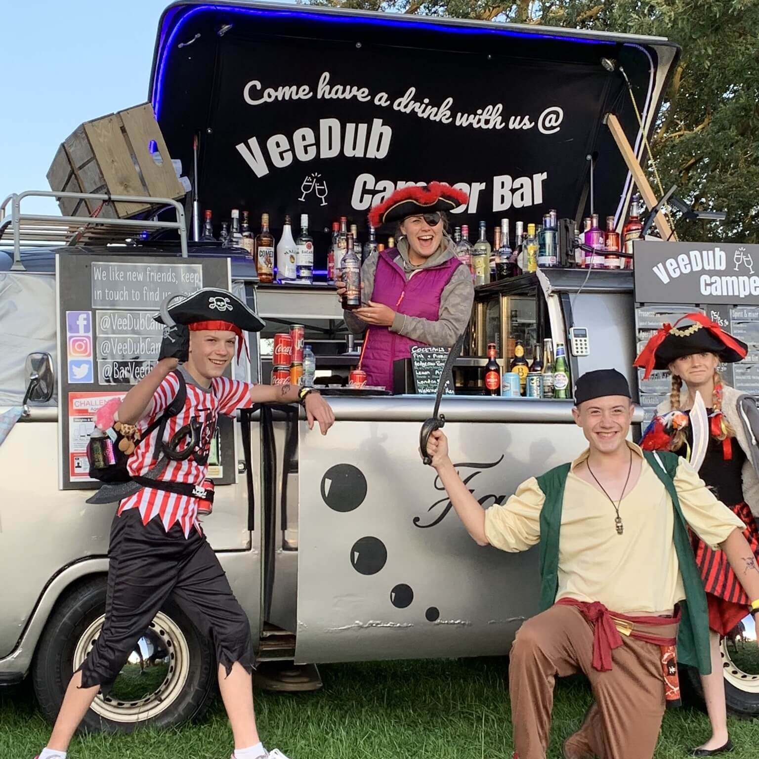 VW Camper Mobile Cocktail Bar