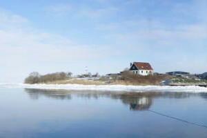 Vaar mee met Veerdienst Amsterdam om te dineren bij het pop up restaurant op Pampus: Winterlicht.