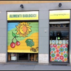 Un quartiere di granaglie, una bottega di alimenti biologici in Città Studi a Milano