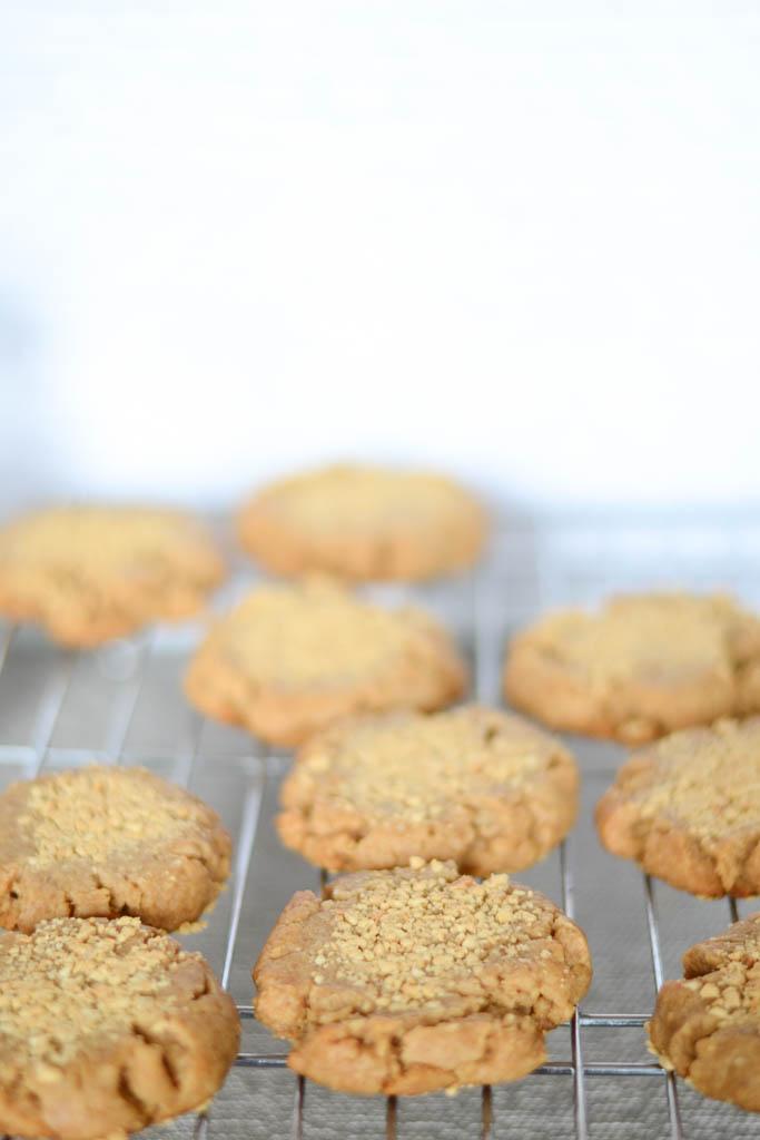 vegan cookies image