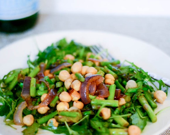 Arugula and Asparagus Salad with Cannellini Beans