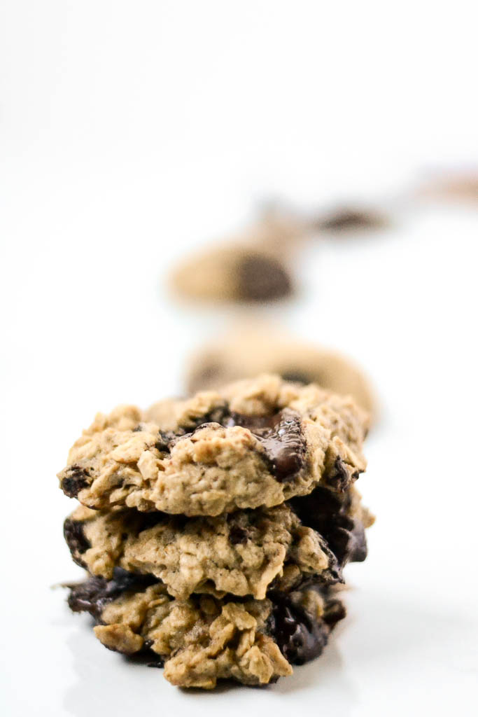 This recipe for the best vegan oatmeal cookies is one you don't want to miss! Save it now so you can bake them right away! #veganrecipes #veganfood #oatmeal #oatmealcookie