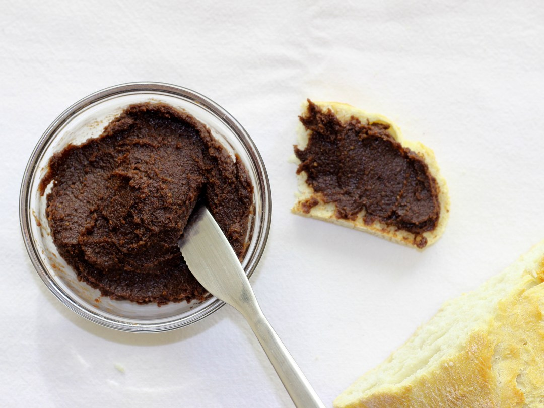 Crema de Cacao y Dátiles