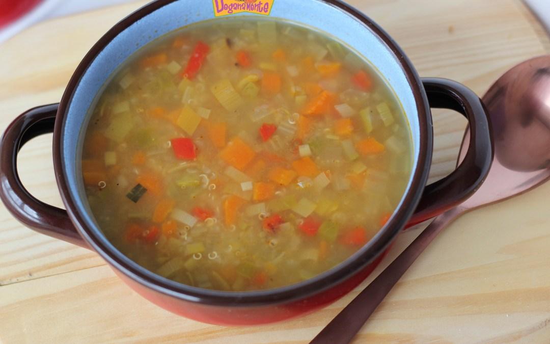 Sopa de Quinoa y Verduras, cuidarse es así de fácil