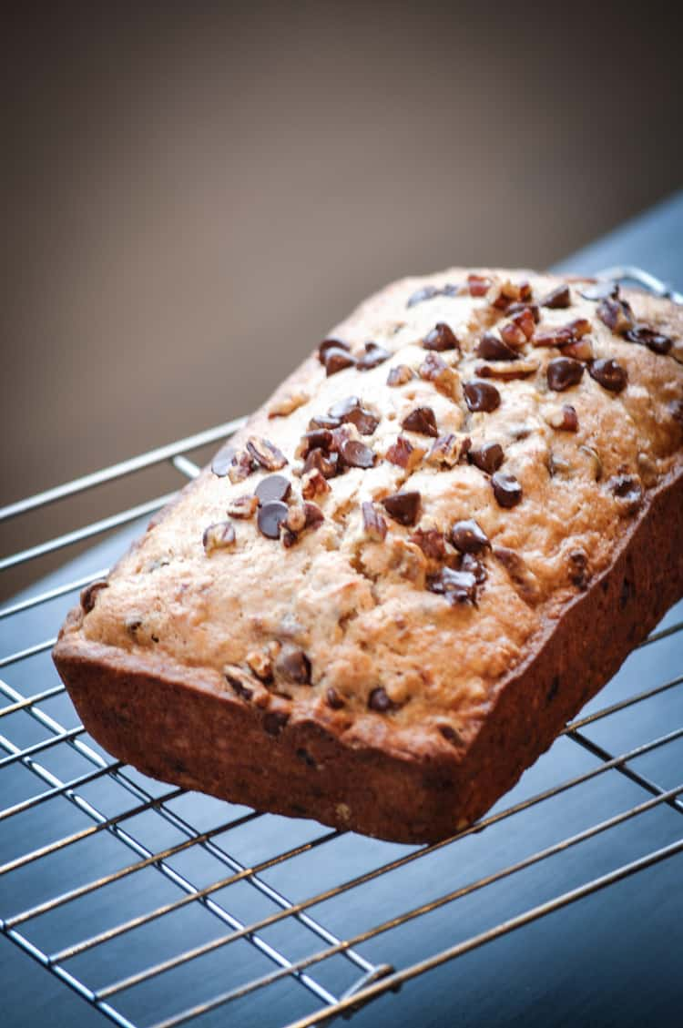 Pecan Chocolate Surprise Banana Bread!! https://www.veganblueberry.com