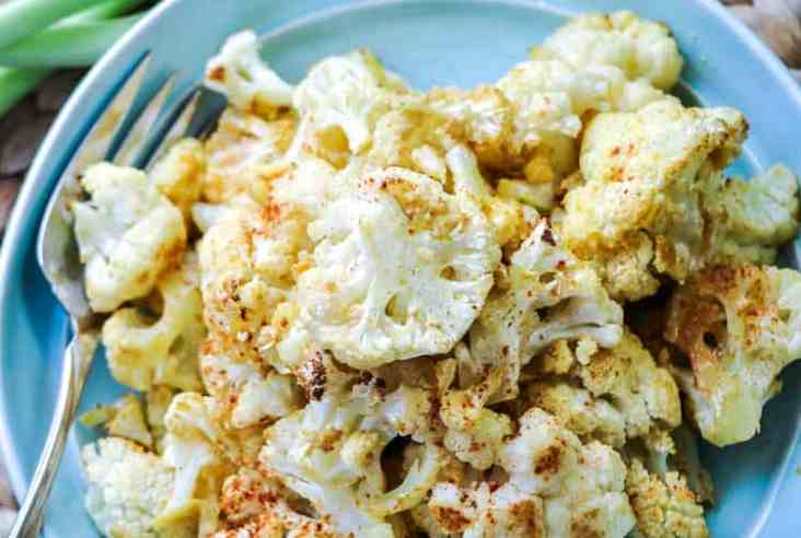 Easy Cheesy Baked Vegan Cauliflower https://www.veganblueberry.com