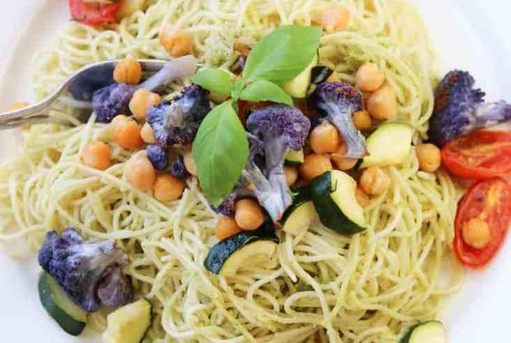 Pesto Pasta with Roasted Chickpeas and Cauliflower http://www.veganblueberry.com