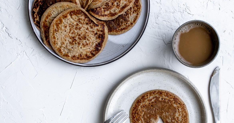 Pancake facile à la banane - petit déjeuner végétalien